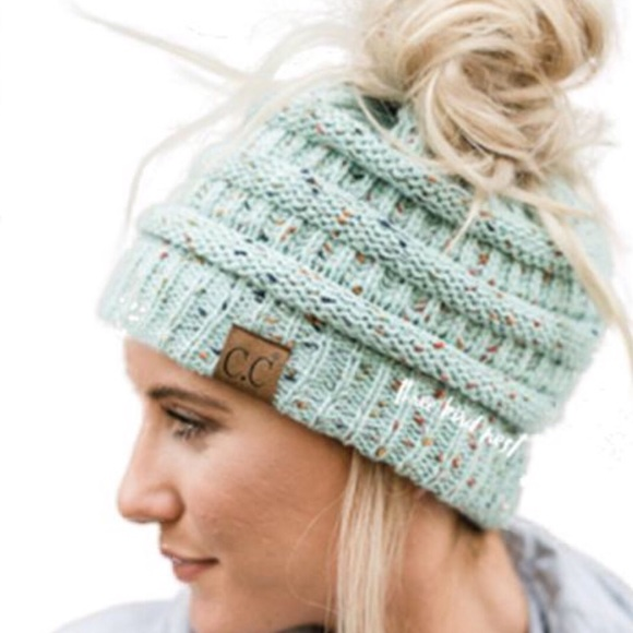 9e28cd10521 1 LEFT 😮 Messy Bun Ponytail CC Beanie Hat Mint